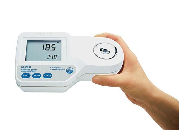 Sử dụng máy đo độ mặn